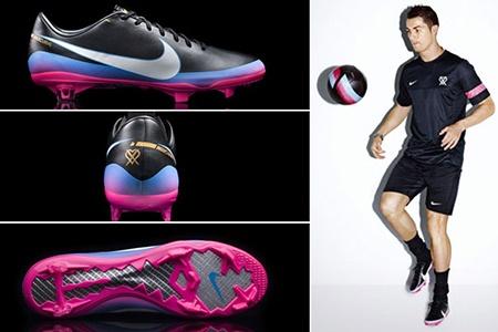 Nuevos guayos de Cristiano Ronaldo, rosados y con un corazón